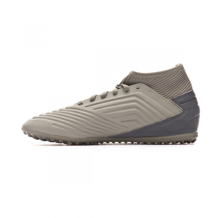 zapatilla-adidas-predator-19.3-turf-nino-legacy-green-sand-solar-yellow-2.jpg