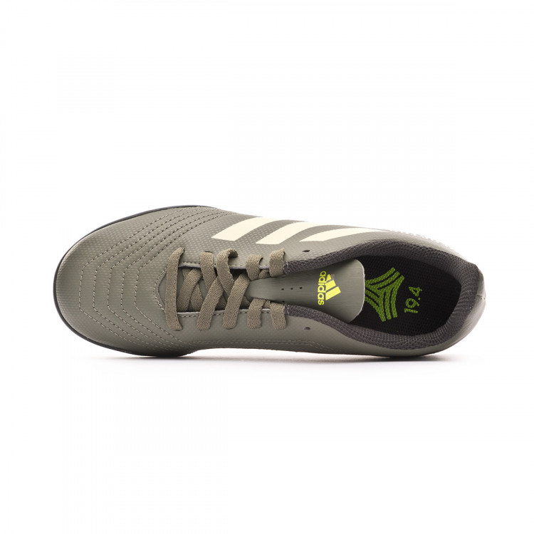 zapatilla-adidas-predator-19.4-turf-nino-legacy-green-sand-solar-yellow-4.jpg