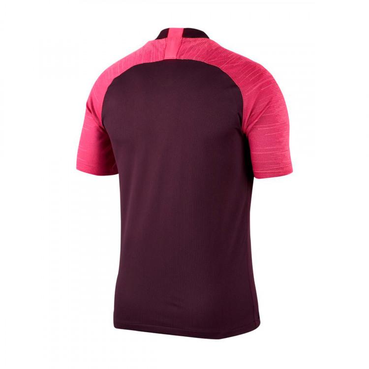 camiseta-nike-dri-fit-breathe-strike-burgundy-ash-racer-pink-1.jpg