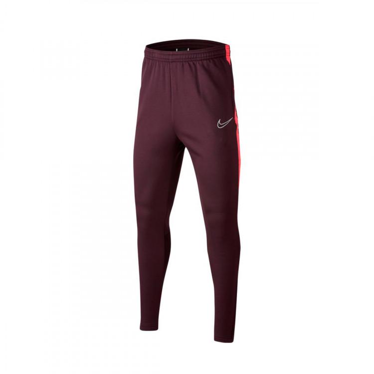 pantaloni lunghi nike