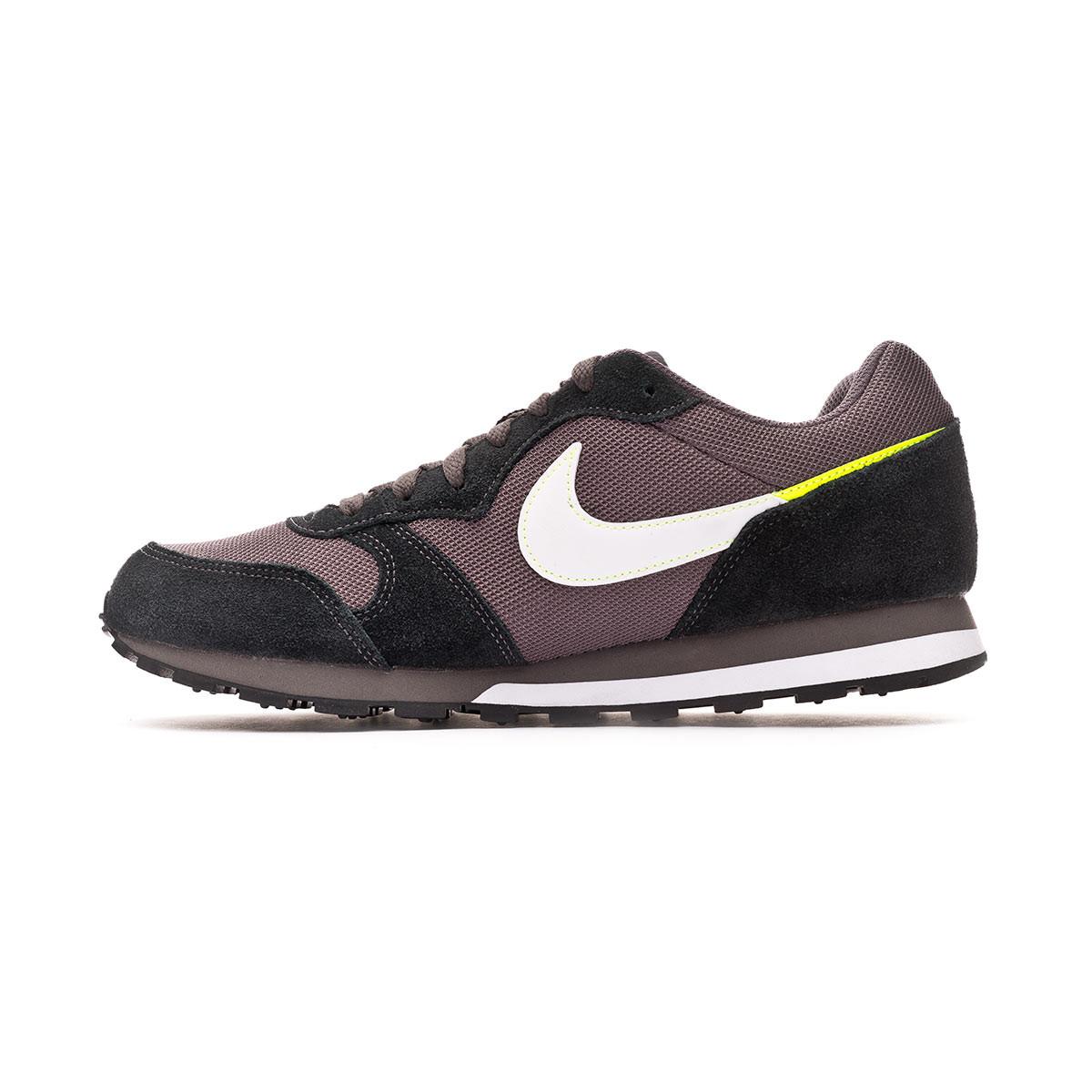 Sapatilha Nike MD Runner II ES1