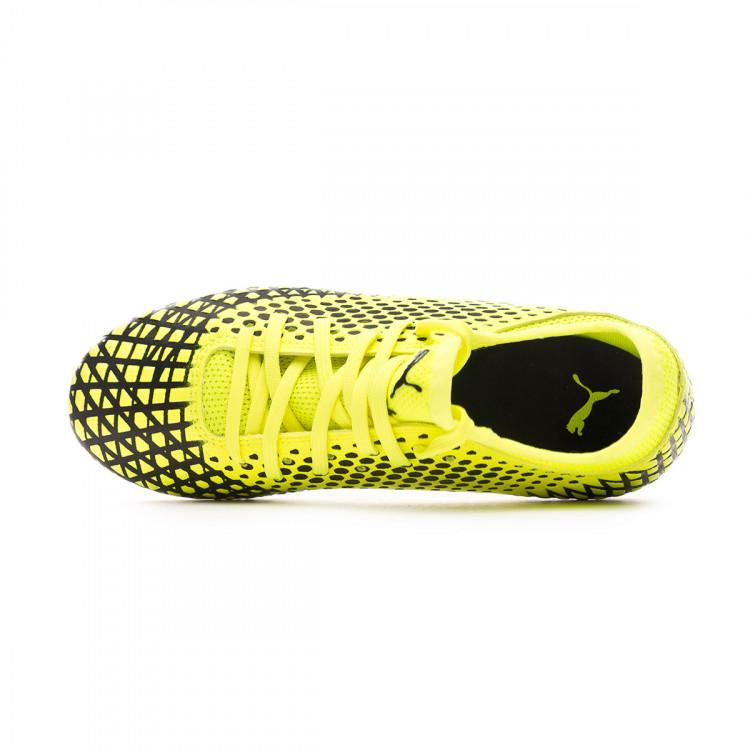 bota-puma-future-4.4-fgag-nino-yellow-alert-puma-black-4.jpg