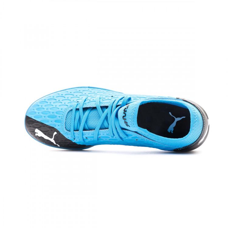 zapatilla-puma-future-5.4-turf-luminous-blue-nrgy-blue-puma-black-pink-alert-4.jpg