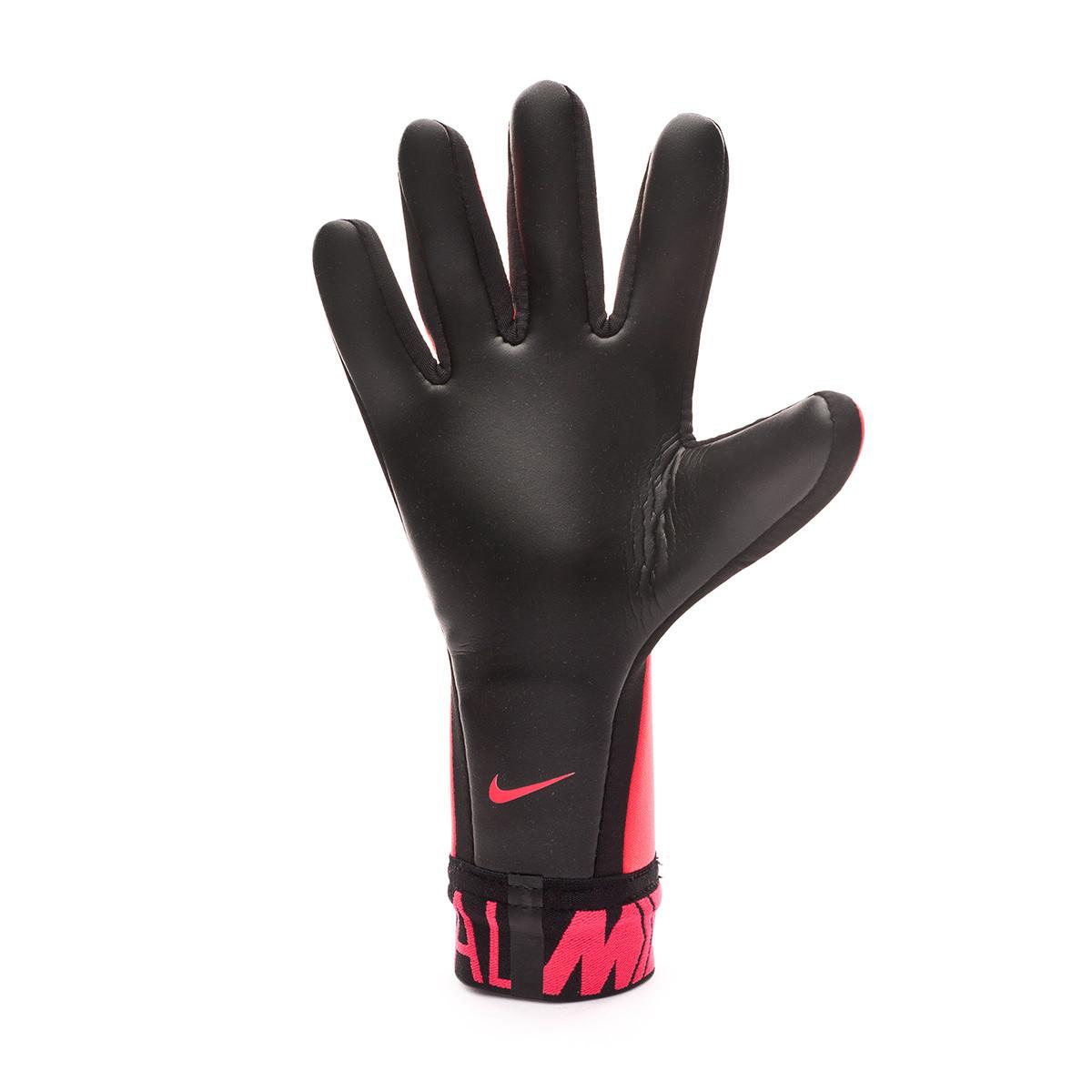 Mortal Encantada de conocerte Amarillento  Glove Nike Mercurial Touch Victory Laser crimson-Black - Football store  Fútbol Emotion