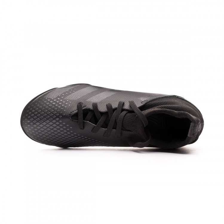 zapatilla-adidas-predator-20.3-turf-nino-core-black-solid-grey-4.jpg