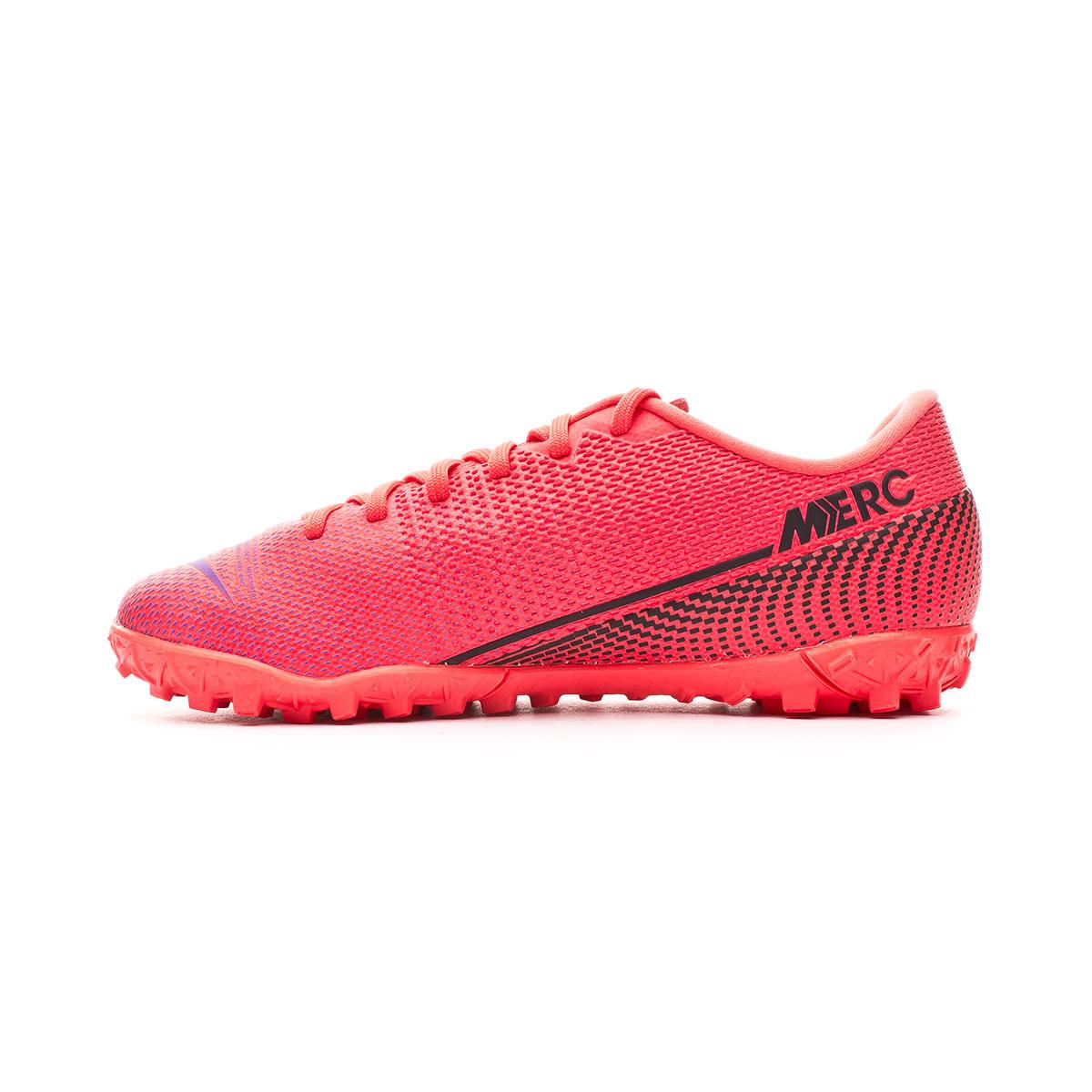 chaussure de foot enfant nike rose