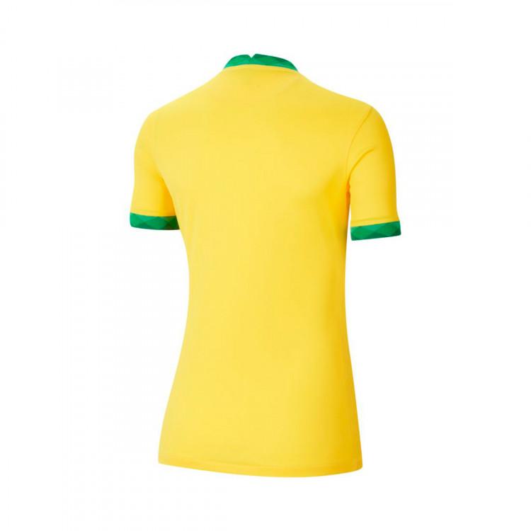 camiseta-nike-brasil-stadium-primera-equipacion-2020-2021-mujer-midwest-gold-lucky-green-1.jpg