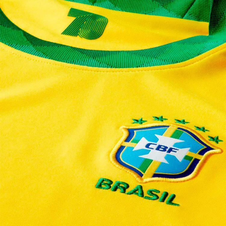 camiseta-nike-brasil-stadium-primera-equipacion-2020-2021-nino-midwest-gold-lucky-green-2.jpg