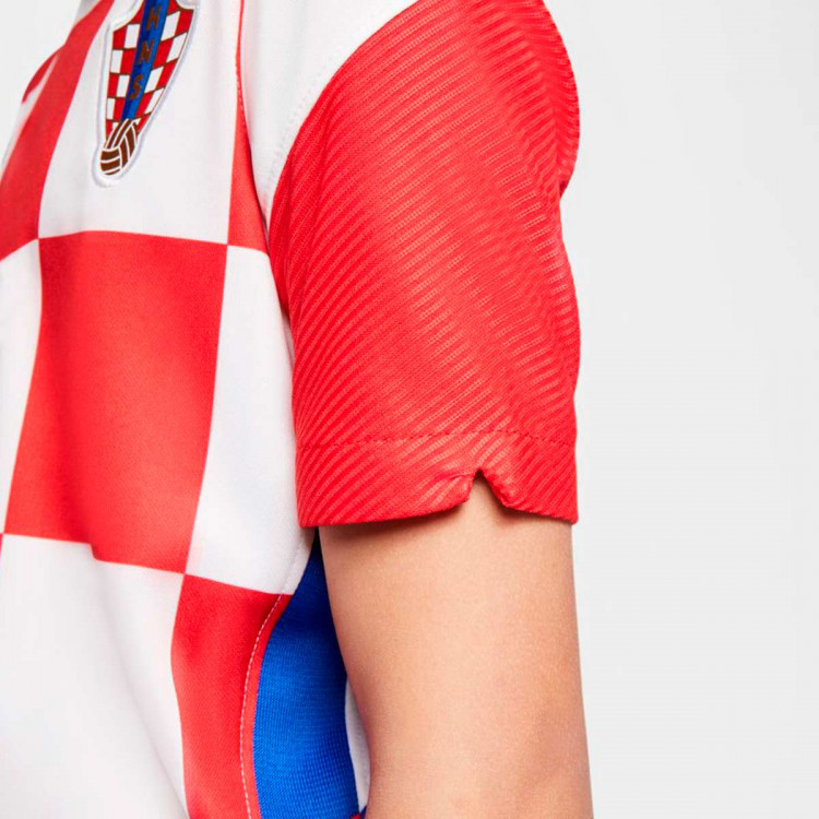 camiseta-nike-croacia-stadium-primera-equipacion-2020-2021-nino-white-university-red-bright-blue-3.jpg