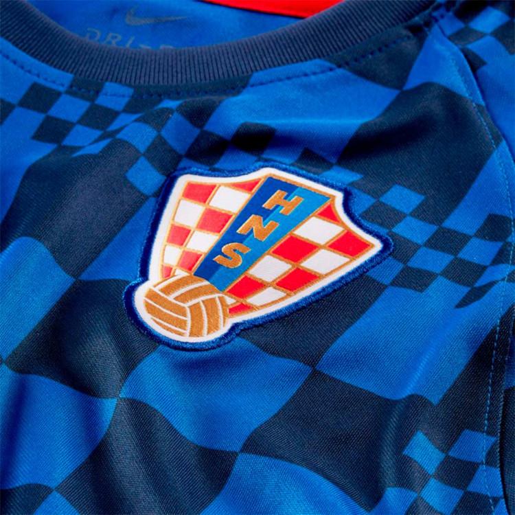 camiseta-nike-croacia-pre-match-2020-2021-nino-bright-blue-university-red-2.jpg
