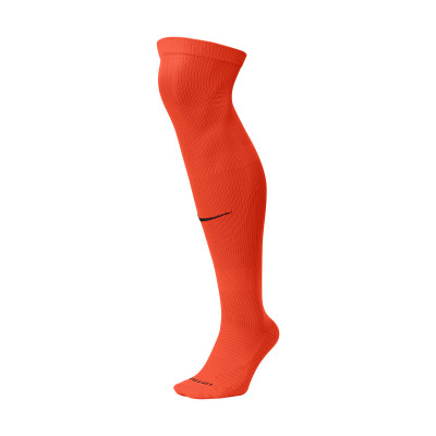 medias-nike-team-matchfit-over-the-calf-team-orange-black-0.jpg