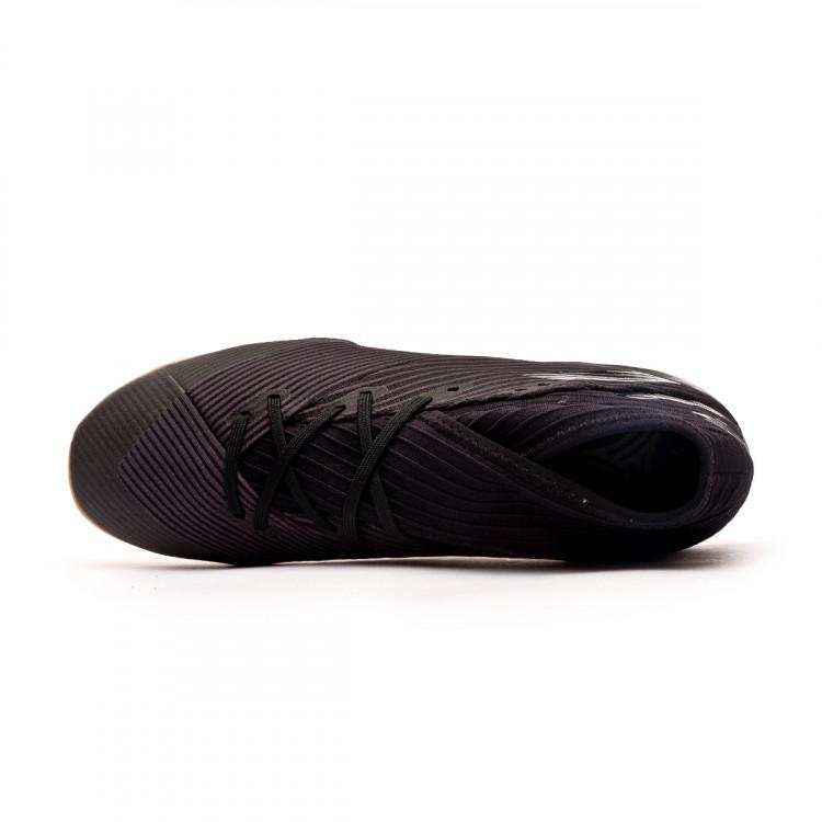 zapatilla-adidas-nemeziz-19.3-in-negro-4.jpg