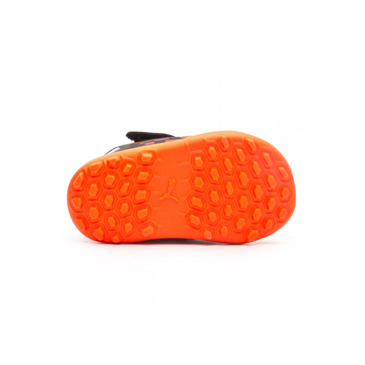 bota-puma-future-6.4-turf-cinta-adhesiva-nino-negro-3.jpg