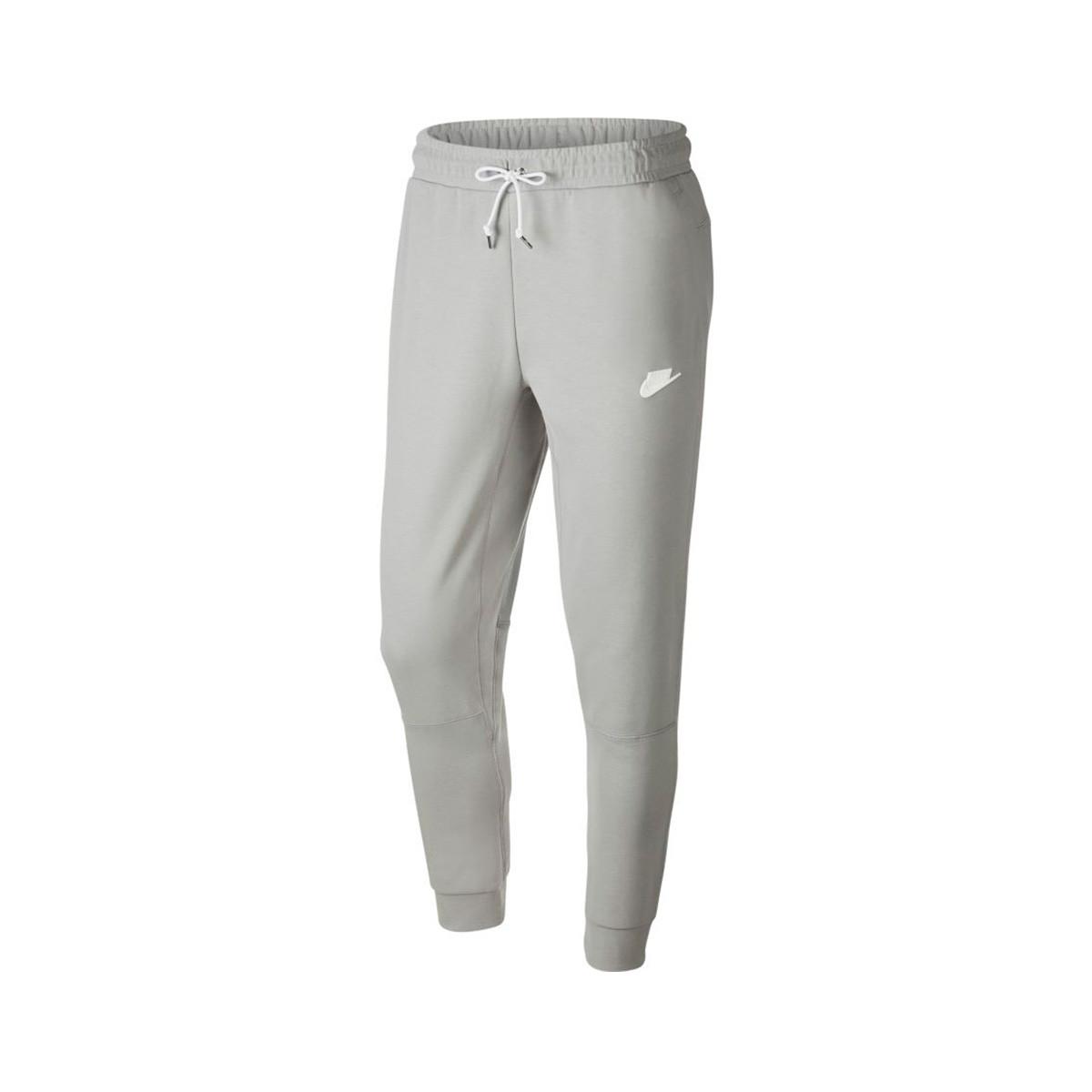 Críticamente Parche posición  Pantalon Nike Sportswear Modern Jogger Fleece Lite smoke grey-Ice  silver-White-White - Boutique de football Fútbol Emotion