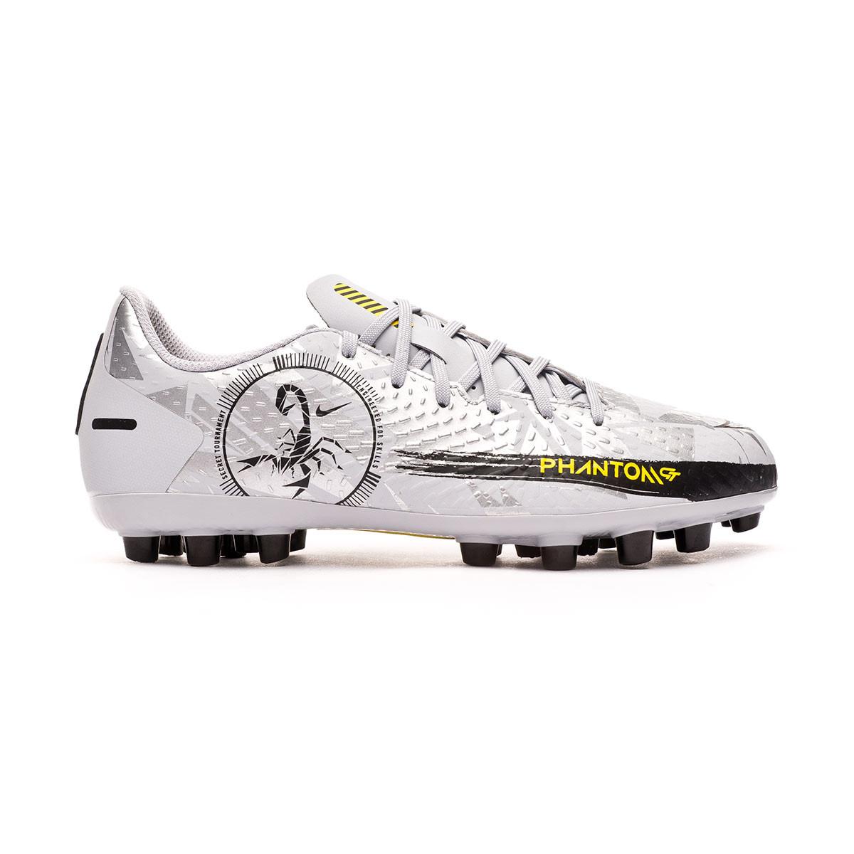 Football Boots Nike Phantom GT Academy