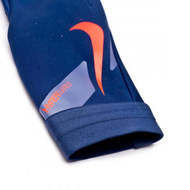 guante-nike-hyperwarm-academy-blue-void-world-indigo-bright-crimson-2.jpg