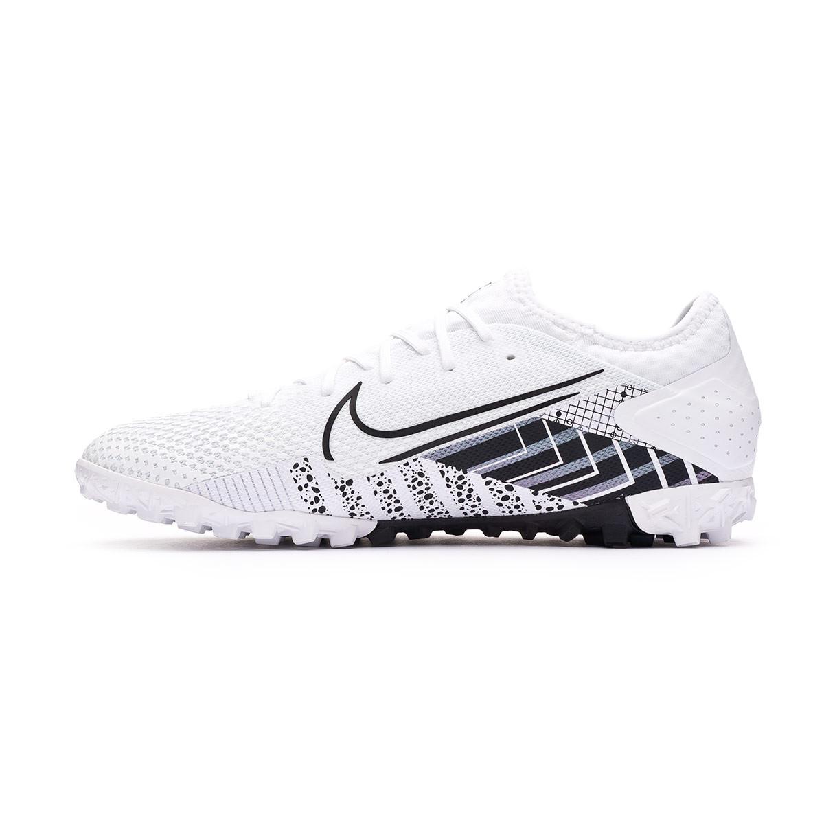 Inducir Mar construcción naval  Bota de fútbol Nike Mercurial Vapor XIII Pro MDS Turf White-Black - Tienda  de fútbol Fútbol Emotion