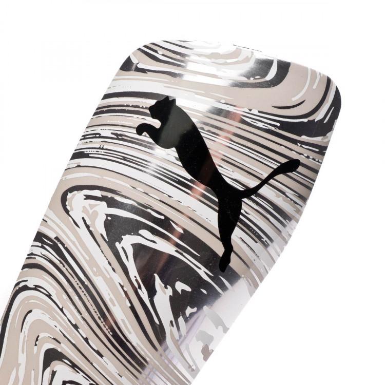 espinillera-puma-standalone-negro-1.jpg