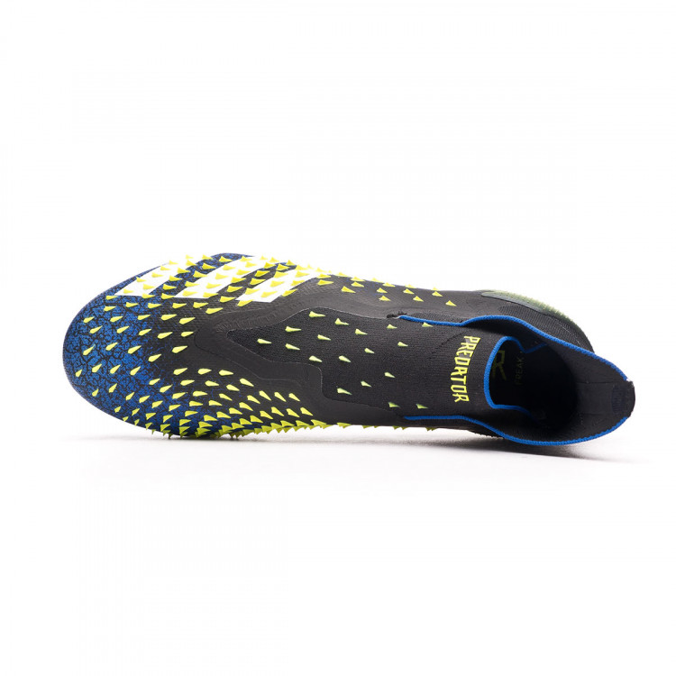 bota-adidas-predator-freak-sg-negro-4.jpg
