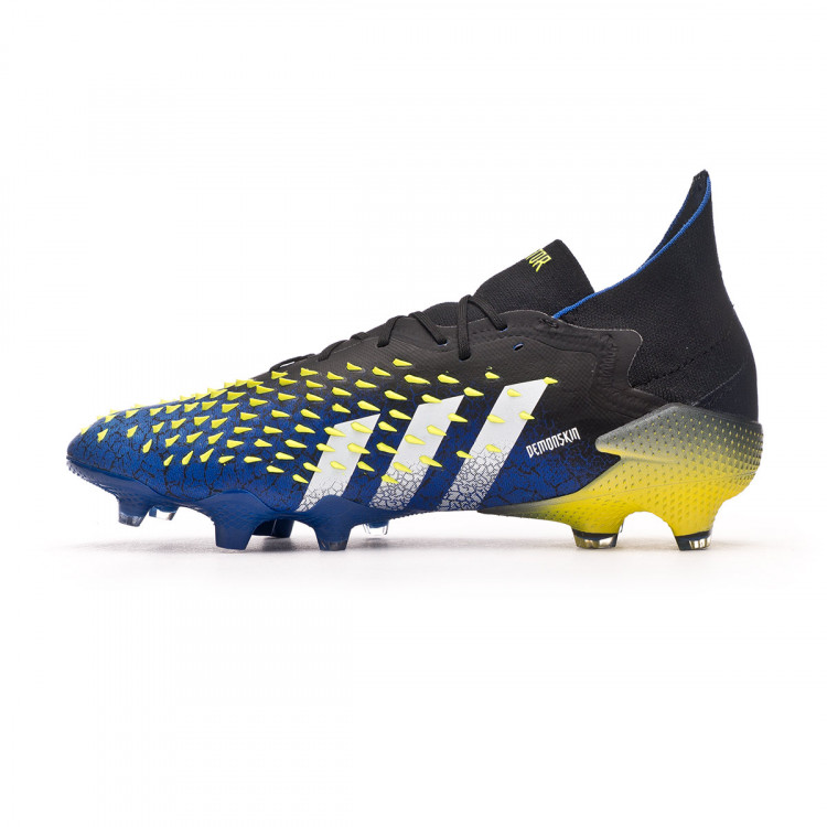 bota-adidas-predator-freak-.1-fg-black-white-solar-yellow-2.jpg