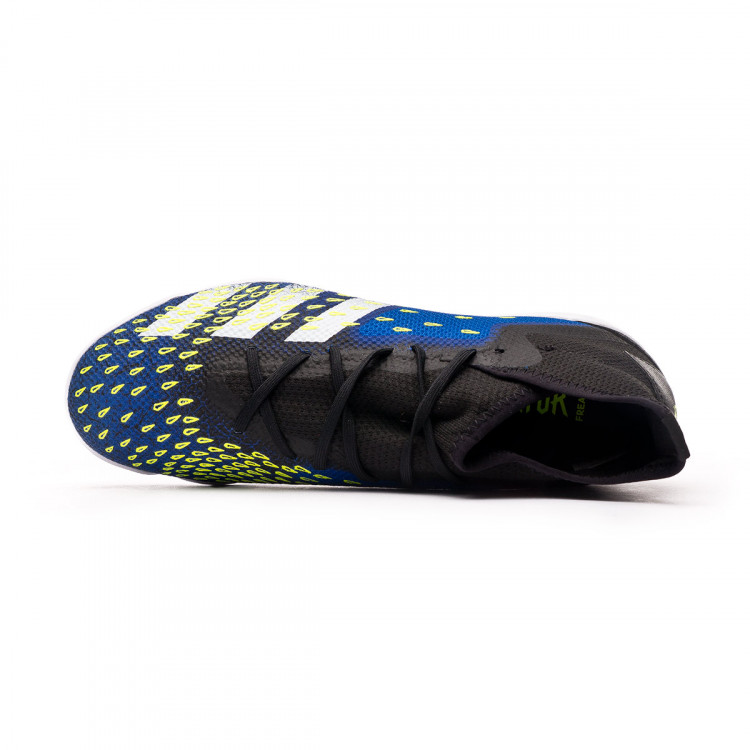 1611878842zapatilla-adidas-predator-freak-.3-in-negro-4.jpg