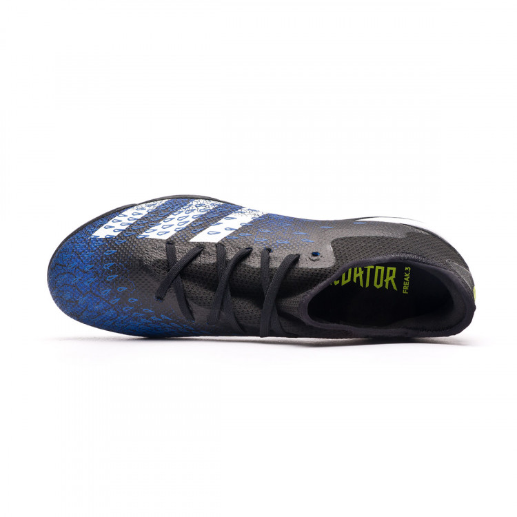 bota-adidas-predator-freak-.3-l-turf-negro-4.jpg