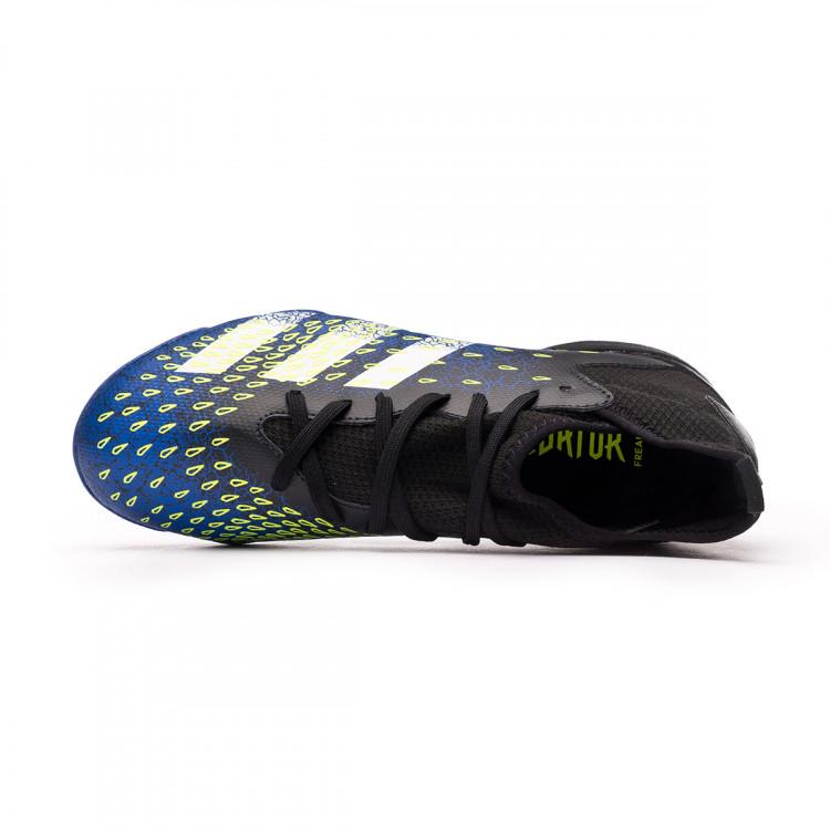 1612224560bota-adidas-predator-freak-.3-turf-nino-negro-4.jpg