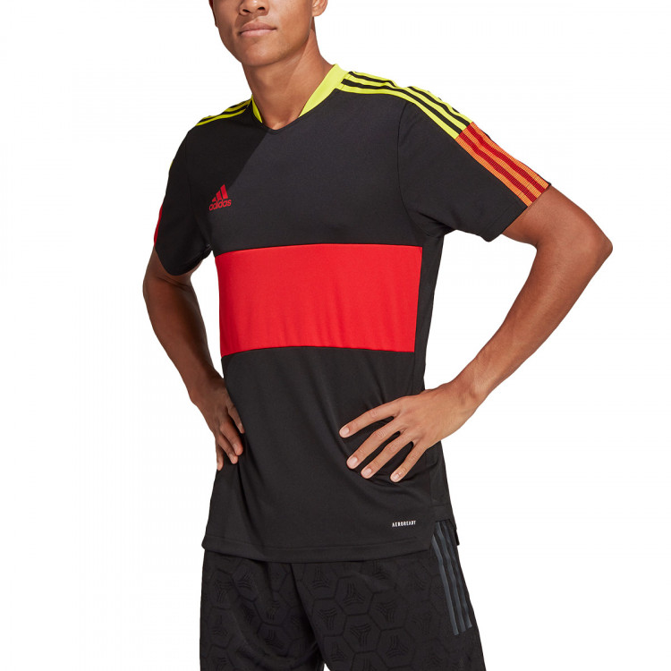 camiseta-adidas-tiro-cu-black-vivid-red-acid-yellow-2.jpg