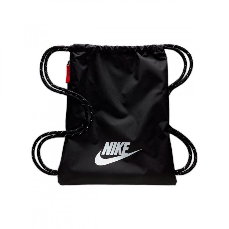 bolsa-nike-heritage-gym-sack-2.0-black-black-white-0.jpg