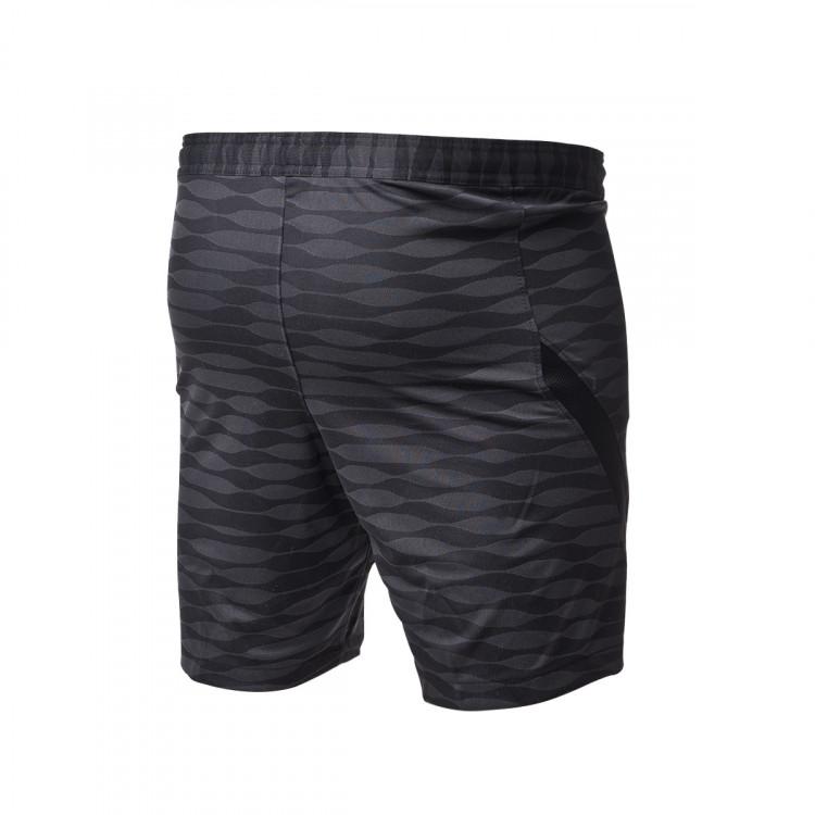 pantalon-corto-nike-dri-fit-strike-knit-negro-1.jpg