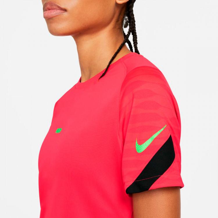camiseta-nike-dri-fit-strike-top-ss-mujer-siren-red-black-green-strike-3.jpg