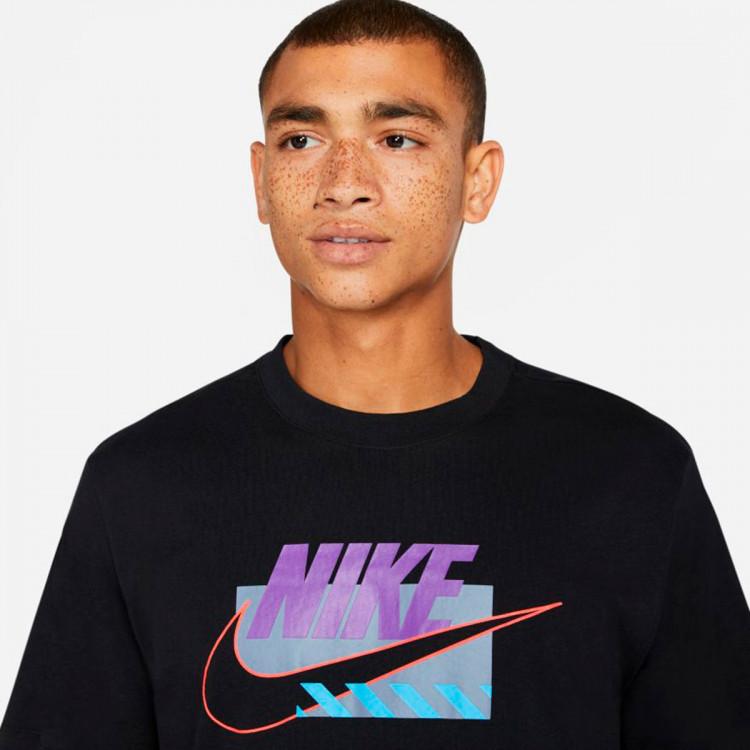 camiseta-nike-sportswear-brandmarks-hbr-black-wild-berry-2.jpg