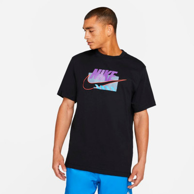 camiseta-nike-sportswear-brandmarks-hbr-black-wild-berry-0.jpg