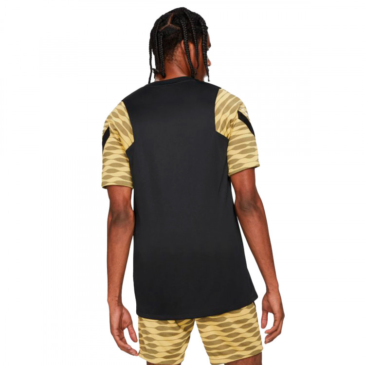 camiseta-nike-dri-fit-strike-black-saturn-gold-black-1.jpg