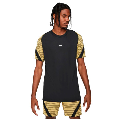 camiseta-nike-dri-fit-strike-black-saturn-gold-black-0.jpg