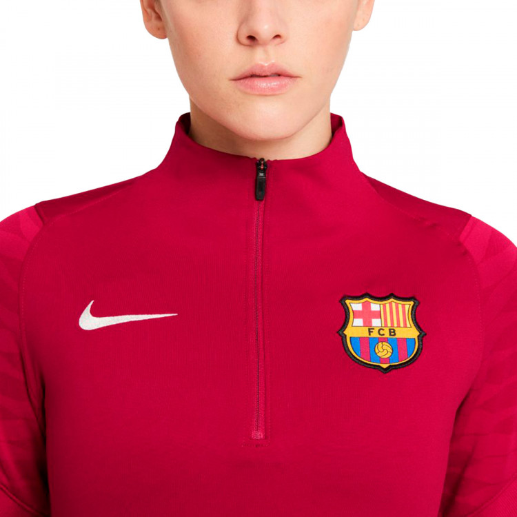 sudadera-nike-fc-barcelona-strike-dril-top-2021-2022-mujer-noble-red-pale-ivory-2.jpg