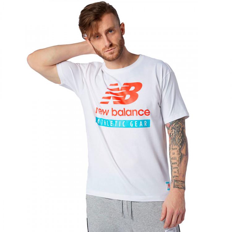 camiseta-new-balance-essentials-logo-white-0.jpg