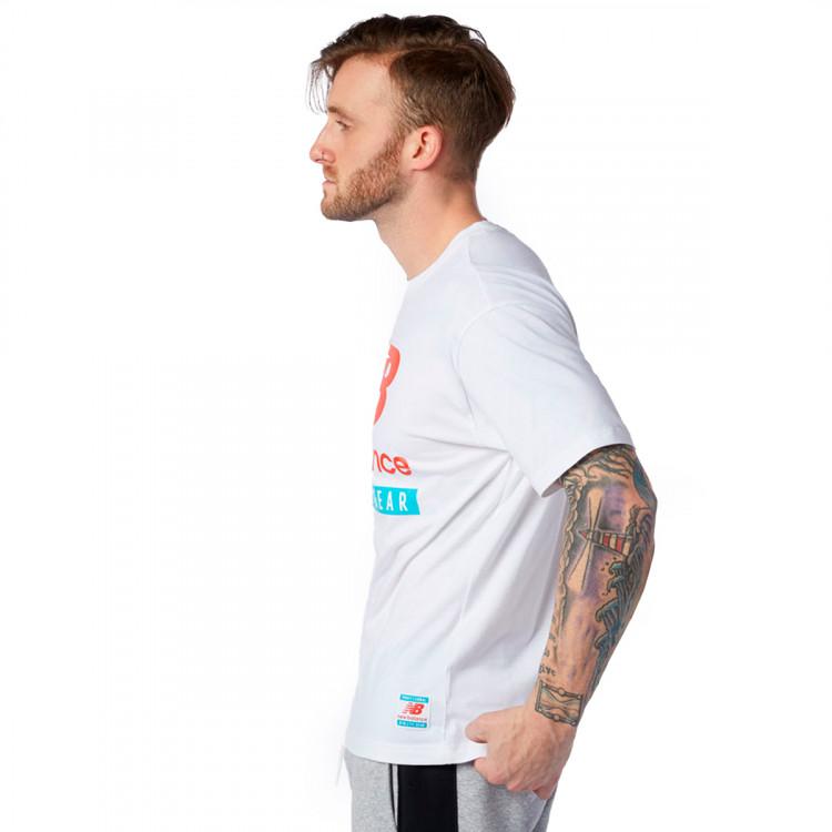 camiseta-new-balance-essentials-logo-white-2.jpg