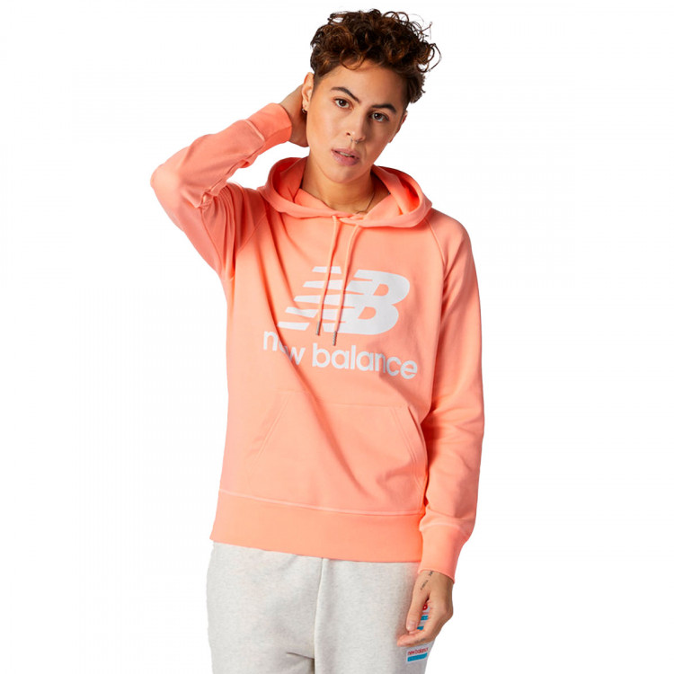 sudadera-new-balance-essentials-pullover-hoodie-mujer-pink-0.jpg