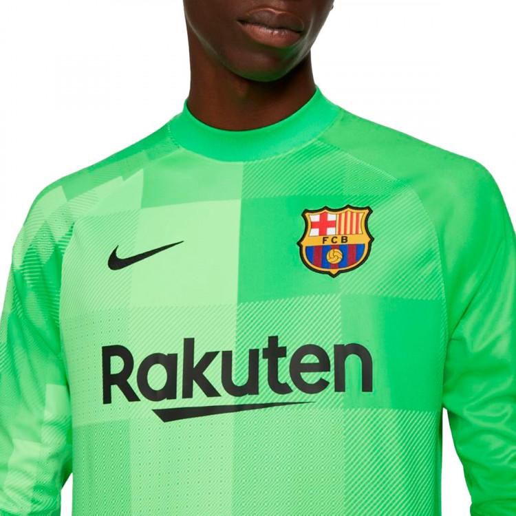 camiseta-nike-fc-barcelona-stadium-segunda-equipacion-portero-2021-2022-green-spark-green-strike-2.jpg
