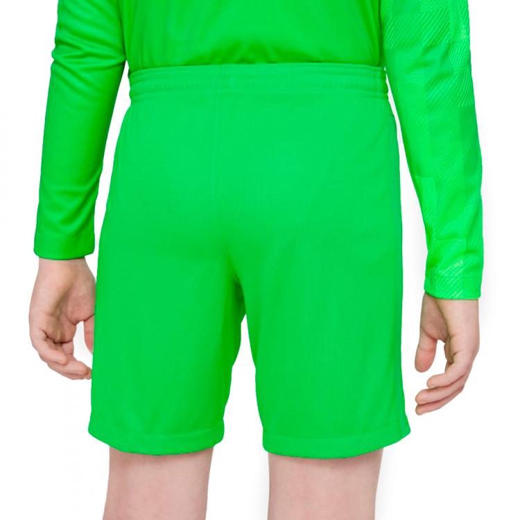 pantalon-corto-nike-fc-barcelona-stadium-segunda-equipacion-portero-2021-2022-nino-green-spark-black-1.jpg