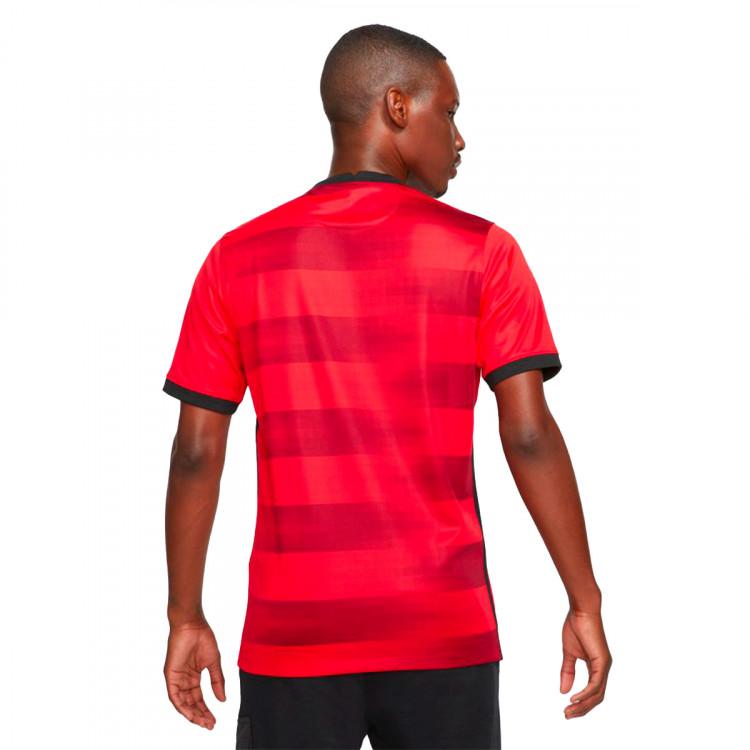 camiseta-nike-eintracht-de-frankfurt-segunda-equipacion-2021-2022-university-red-1.jpg