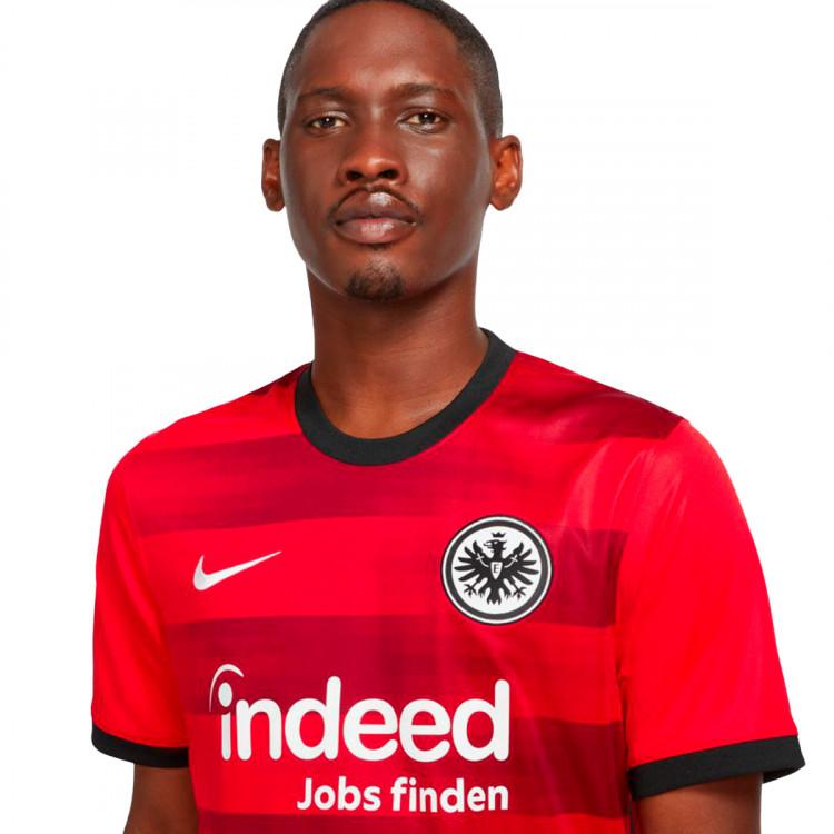 camiseta-nike-eintracht-de-frankfurt-segunda-equipacion-2021-2022-university-red-2.jpg