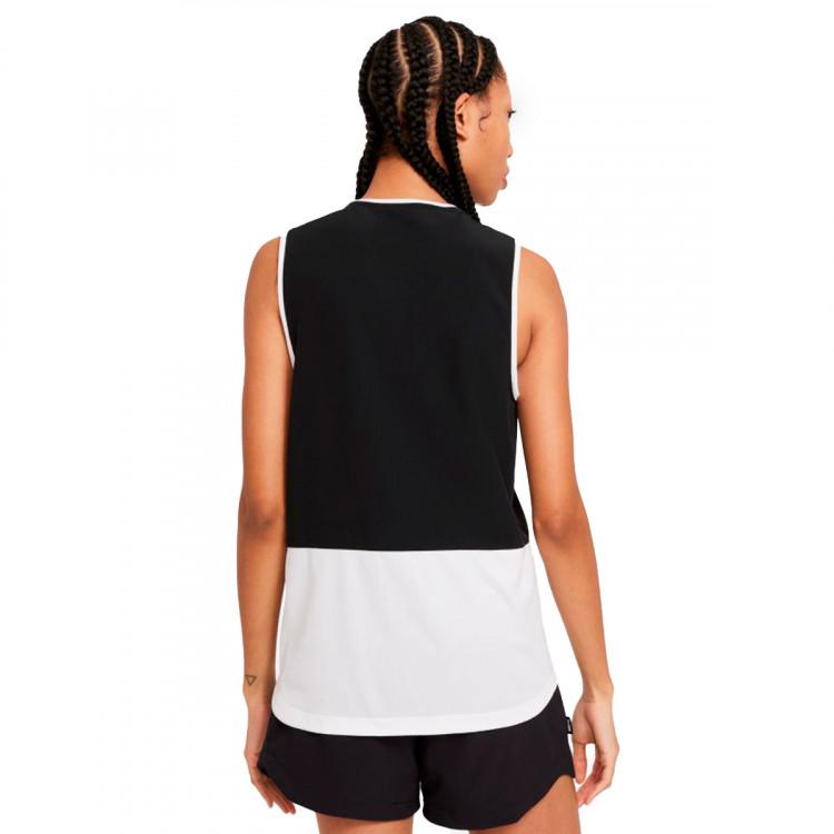 top-nike-fc-top-sleeveless-mujer-black-white-1.jpg