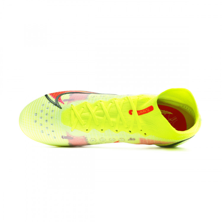 bota-nike-mercurial-superfly-8-elite-ag-amarillo-4.jpeg