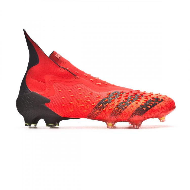 bota-adidas-predator-freak-fg-rojo-1.jpg