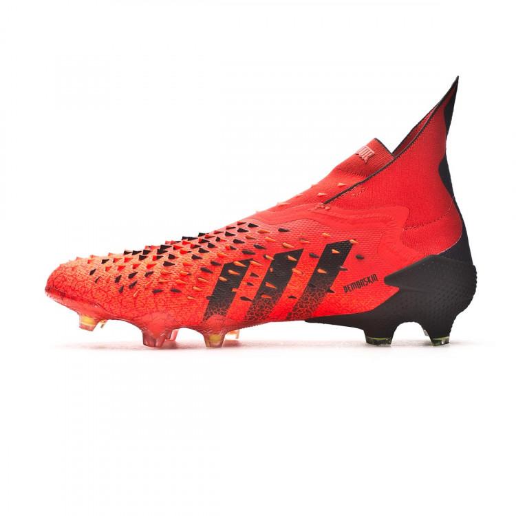 bota-adidas-predator-freak-fg-rojo-2.jpg