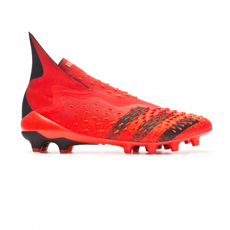 bota-adidas-predator-freak-ag-rojo-1.jpg