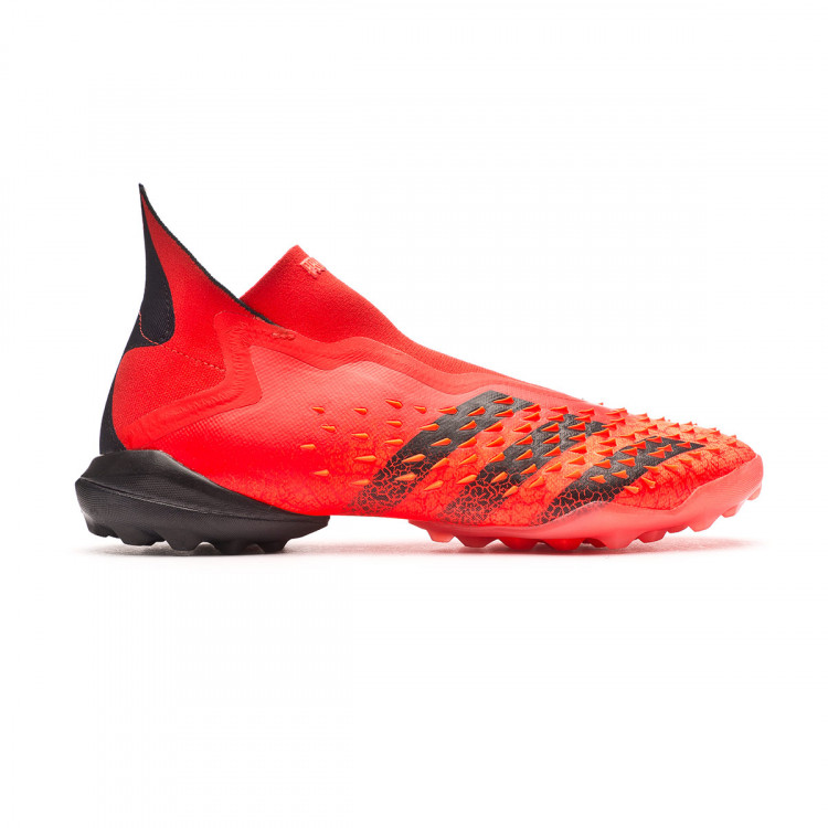 bota-adidas-predator-freak-turf-rojo-1.jpg