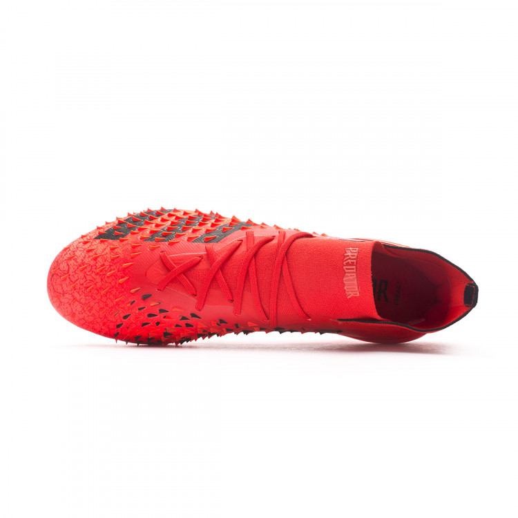 bota-adidas-predator-freak-.1-ag-rojo-4.jpg